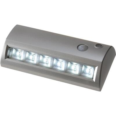 Fulcrum 42-Lumen Silver Motion Sensing/Dusk-To-Dawn 6-LED Outdoor Battery Operated Pathlight Fixture